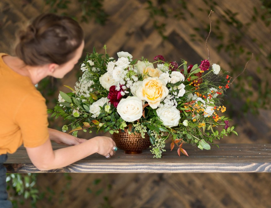 How to Budget for your Wedding Blooms